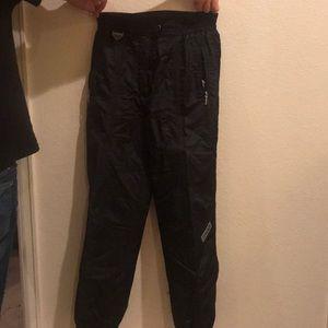 Spyder woman's snow pants.